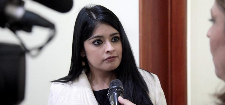 SE DEBE INVESTIGAR HASTA LAS ULTIMAS CONSECUENCIAS EL  PRESUNTO ATENTADO CONTRA EL DIPUTADO PEDRO CARRIZALES: PAOLA ARREOLA