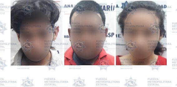 POLICÍAS ESTATALES DETIENEN A PRESUNTOS POR ROBO A TIENDA DE CONVENIENCIA Y PORTACIÓN DE CACHIMBAS