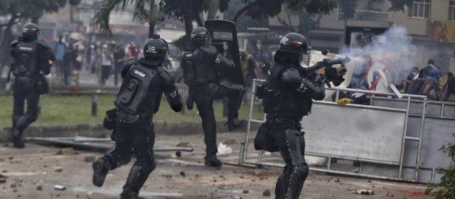EN PLENA TRANSMISIÓN DE LA ONU EL MUNDO PIDE AYUDA PARA COLOMBIA
