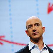 Jeff Bezos perdió 13.500 millones de dólares y hay preocupación en Amazon